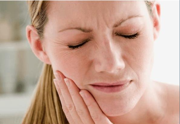 douleurs de mâchoire
