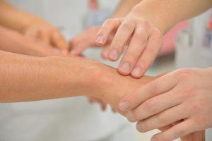 douleurs après cancer manipulation